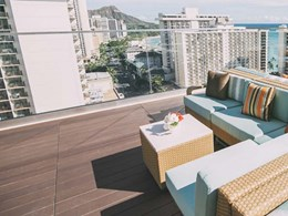 QwickBuild supports decking at Hawaii rooftop bar