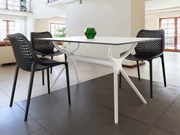 Air Table by Siesta in black or white