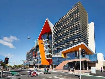 Brimbank Community and Civic Centre (Photographer: Peter Bennetts)