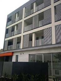 Opal 100 sliding screens add class, comfort and privacy to Preston, Vic apartments