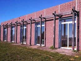 Thermally broken steel framing ensures energy efficiency at 'ByJoost' dwelling