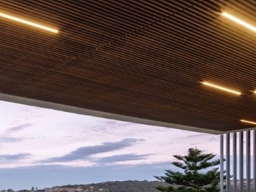 Microfile LED lighting highlights timber cladding