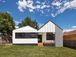 Opening up: Hip & Gable by Architecture Architecture