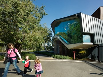 Architecture has gone to the animals: revisiting HASSELL's Adelaide Zoo Entrance