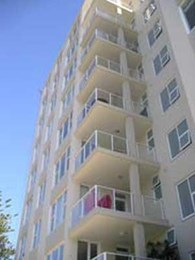 Remedial repairs and refurbishes beachside apartments in Sydney