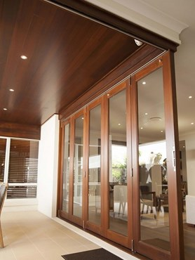 Plantation Homes Display House Features Seamless Western