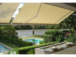 QLD residence welcomes the summer with Issey Laguna awnings and Vertiroll blinds