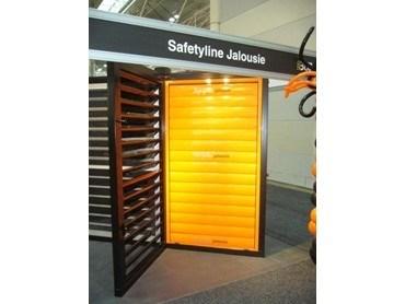 safetyline jalousie s glass and aluminium louvre windows architecture and design. Black Bedroom Furniture Sets. Home Design Ideas