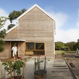 Phillip Island home creates changing spaces with mobile joinery and separated amenities