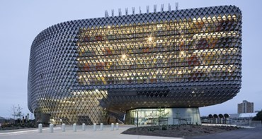 15,000 pieces to the SAHMRI puzzle