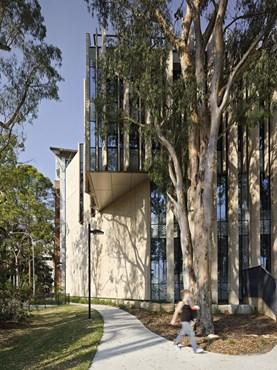 University of Queensland's Centre for Advanced Imaging (CAI) by John Wardle + Wilson Architects