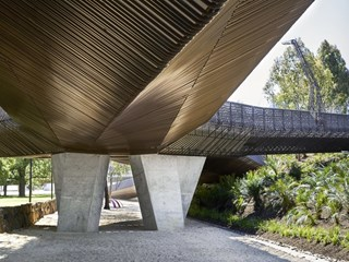 Tanderrum Bridge by John Wardle Architects and NADAAA opens in Melbourne