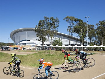 """A bowl that grows from the landscape"": Anna Meares Velodrome by Cox Architecture"