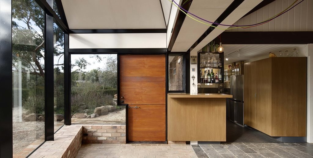 A Mexican-Swiss chalet in the Aussie bush