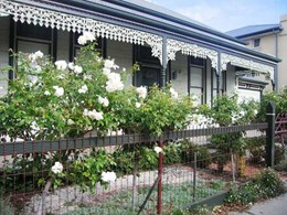 How to renovate the lacework facade on heritage properties