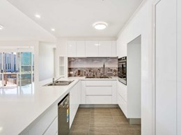 DECO's Manhattan splashback adds nostalgic touch to Melbourne home