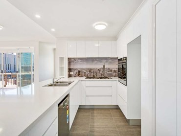 The 'New York' splashback featuring Manhattan Island