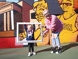 Woolloomooloo community collaborates with artists on street art