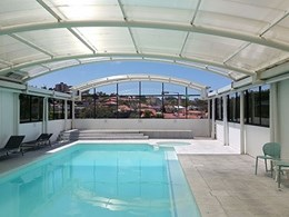 North Sydney pool enclosure features Allplastics mar resistant polycarbonate glazing