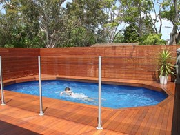 Pool fence ideas for the Australian summer