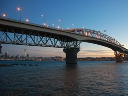 Lead paint removed on Auckland Harbour Bridge with Peel Away 1