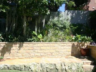 Nature Stone retaining wall block system