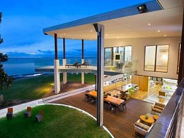 HEATSTRIP Max radiant heaters selected for outdoor heating at eco-friendly beach home