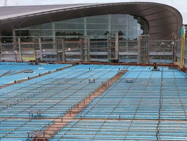Adelaide Convention Centre – Installation of KingFlor KF70 steel flooring