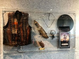 Tourism Australia commemorates Crocodile Dundee with themed display window