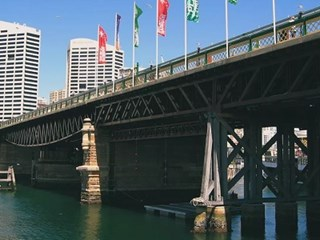 Work begins on restoring historic Pyrmont Bridge