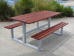 3 things to consider when purchasing an outdoor picnic table