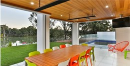 Heatstrip outdoor heaters from Thermofilm feature on 'Australia's Best Houses'