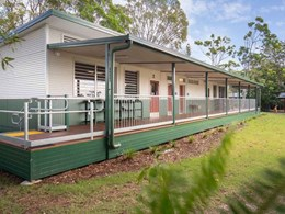 20 louvre windows ensure ventilation at Eagleby State School, QLD