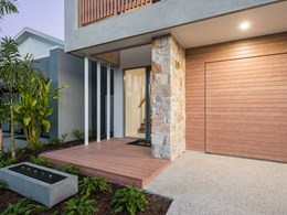 Ausmar's showstopper display home features DECO's timber look aluminium systems