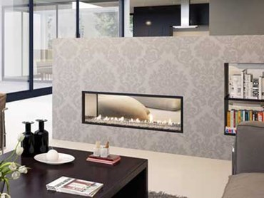 Escea double-sided, frameless DX1000 gas fireplace (Transparent Crystalight fuel bed)