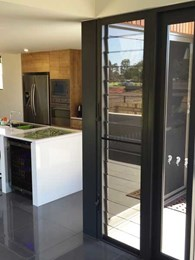 Breezway Altair louvre windows deliver ventilation and views at new Townsville Golf Course display home