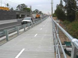 Low maintenance, high flexibility boardwalk system installed at Sydney freight line project