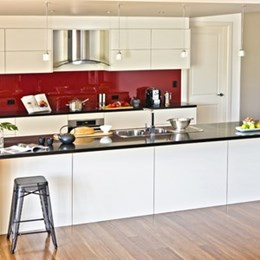 Food for thought: focus on workflow, space and motion creates highly functional kitchen