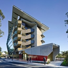 ​Sir Samuel Griffith Centre named Project of the Year at AIQS Infinite Value Awards