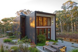 Box House by Rob Henry Architects goes only where nature allows