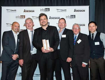 Best of the Best Winner Professor Martyn Hook of iredale pedersen hook architects accepting his award from the team at UBIQ>Inexboard