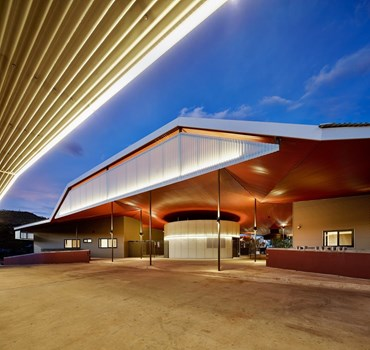Walumba Elders Centre by iredale pedersen hook architects. Photography by Peter Bennetts
