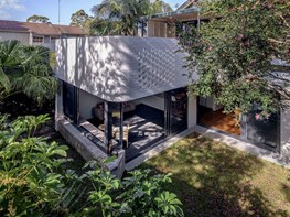 Sydney home extension 'like a pavilion in the garden'
