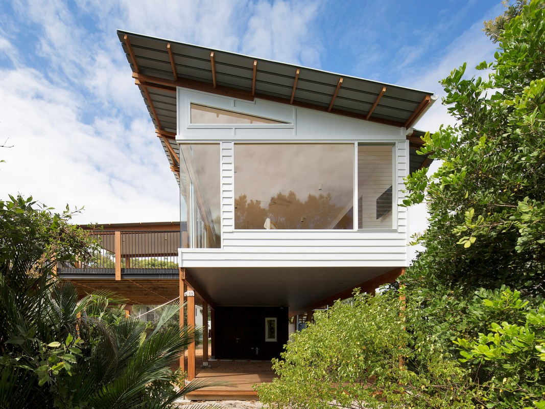 Macmasters Beach House: A sustainable take on coastal architecture
