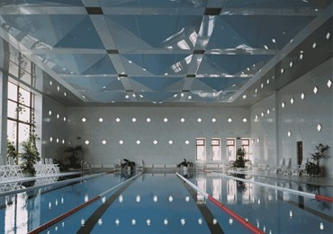 Choosing a ceiling lining for indoor pools & spas