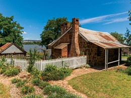 What are Australia's oldest buildings?