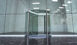 New revolving door with stylish all-glass design