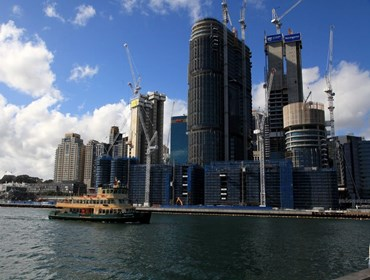 Thousands of new apartments (foreground) under construction at Barangaroo. Image: Sydney Eye