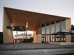 Mailtland's Riverlink Building: A unique public living room linking the town to the river
