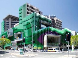 Multiple award-winning Brisbane hospital features Symonite composite facade panels